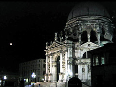 At night. (Alexandra Rudge.Thank you for 4,6 millons + viewer) Tags: city venice moon church canon buildings island europa europe nightshot ciudad canals full fullmoon moonlight lunallena venecia isla fotonocturna europeancity veniceitaly canales veniceatnight cityofbridges veneciaitalia cityofcanals queenoftheadriatic thefloatingcity cityofwater italiavenecia cityofvenice cityofmasks ciudaddevenecia alexandrarudge chuchalnight iglesiaalanoche ciudaddeveneciaitalia cityofveniceitaliy alexandrarudgeveniceitaly