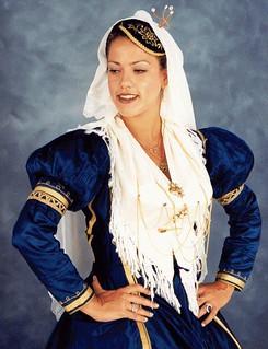 Η θέση της γυναίκας στον παραδοσιακό χορό
