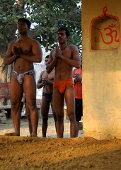 Prayers before Kushti! (Anurag Yadava) Tags: india exercise wrestling indian varanasi tradition akhara pehlwan langot