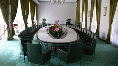 Reunification Conference Room by Augapfel (via Flickr)