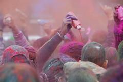 Holi Feest 2008 (FaceMePLS) Tags: colour colours nederland thenetherlands streetphotography denhaag kleur kleuren phagwa gelukkignieuwjaar nikond200 straatfotografie facemepls mywinners subhholi holiphagwa phagawa holiparty2008 2008ishindoejaar2065