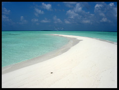 Sandbank (kekuri) Tags: world ocean blue shadow sea vacation sun holiday art beach nature beauty clouds island happy hotel islands google fishing sand colorful paradise honeymoon indianocean culture royal bluesky resort reflect pearl cocktails reef resorts maldives emotions sunnyside ria pleasure sandbank sandybeach crystalwater maldive sunfun visitmaldives dscw5 firstquality justlikeheaven avision anawesomeshot aplusphoto infinestyle diamondclassphotographer uniquemaldives theunforgetablepictures simplymaldives batoll kekuri flickrlovers vision100