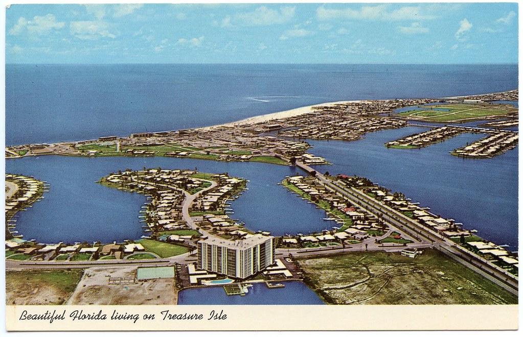 Beautiful Florida living on Treasure Isle