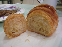Trois Crepes Patisserie: Croissant (sliced)