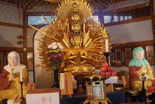自分の力でどうにもならないことは、神仏に祈るしかないの