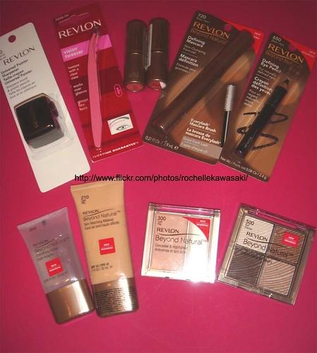 Revlon Beyond Natural Skin Matching Makeup Light Pale