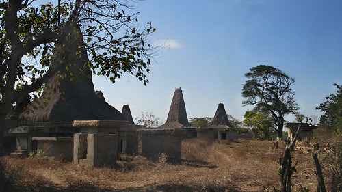 Houses of  Wainyapu - Kodi