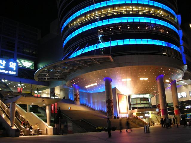 Seoul 21 - Yongsan station by Ben Beiske