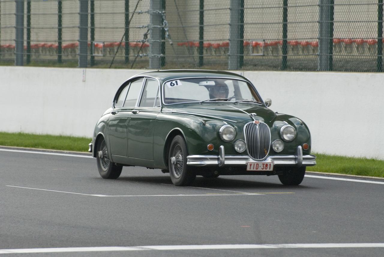 Jaguar Mark II. go back