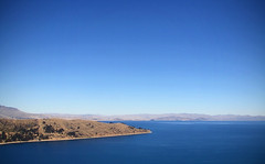 lake titicaca (chillghetti) Tags: blue sky lake laketiticaca titicaca bolivia copacabana