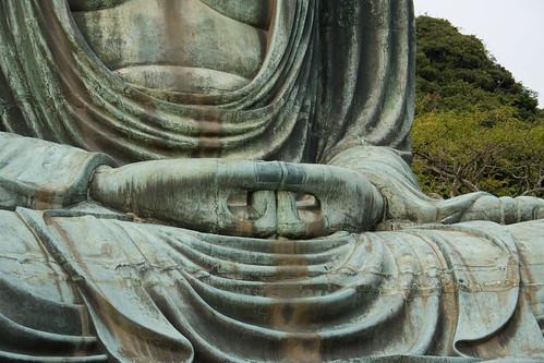 Les mains du daibutsu