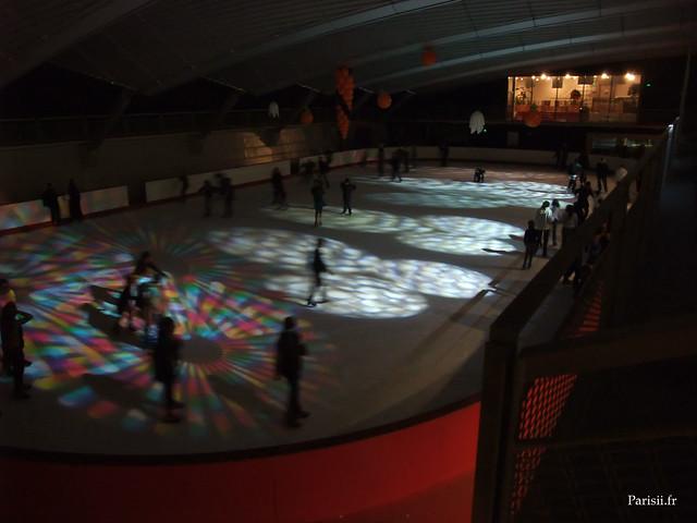 Ambiance disco à la patinoire