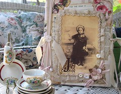 My Childhood Tea Set... (nbklx17 (Sandy)) Tags: pink love beautiful vintage treasure handmade cottage creative victorian granddaughter gifts heirloom kindness cottagestyle milli shabbychic flickrfriend girlygirl cottagelook generousity forjune november2008 cottagedecor beautifultreasures sashagirl designedandcreatedbysashagirl 1styearalbum
