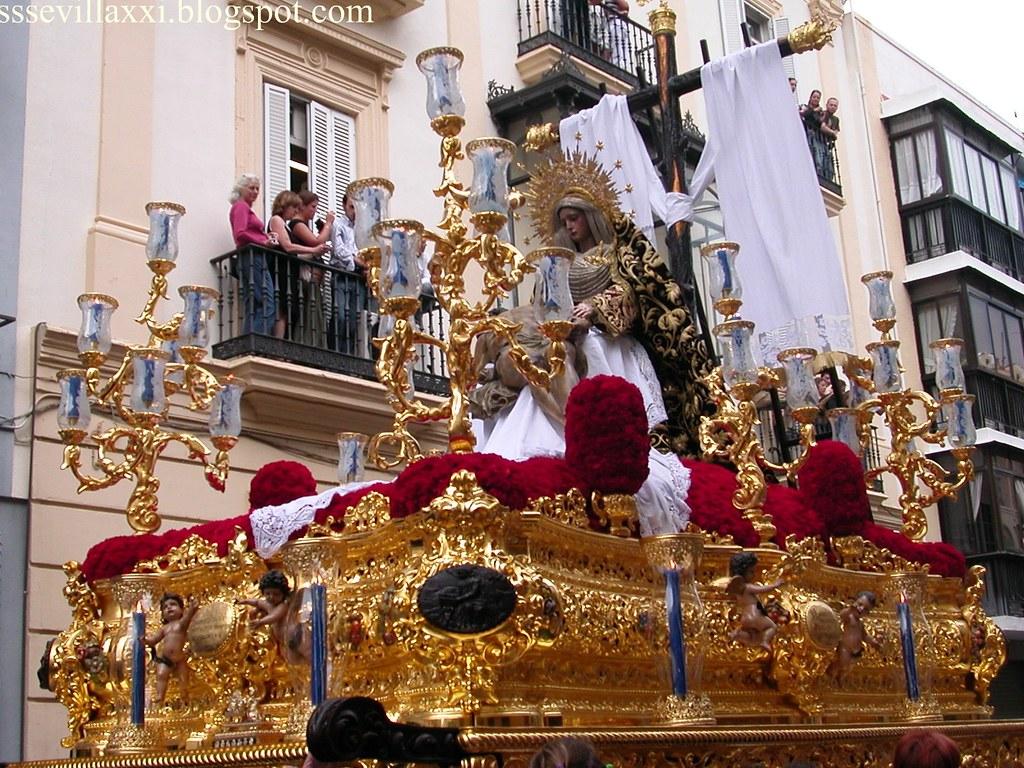 Santísimo Cristo de la Misericordia y Nuestra Señora de la Piedad.