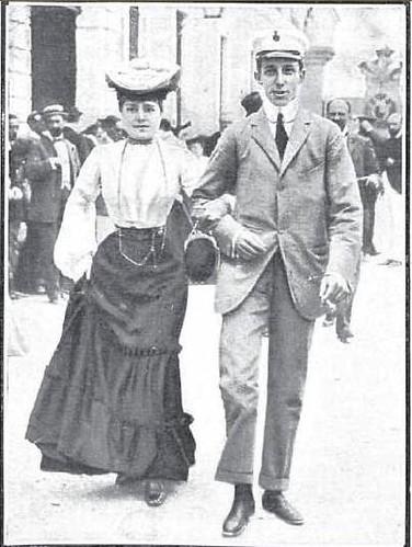 Alfonso XIII y la Infanta Eulalia en la fiesta automovilística del Real Automovil Club. Fábrica de Armas de Toledo, 1905
