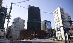 unusual architecture #124 (- haf -) Tags: japan tokyo ueno haf shinjuki harijku