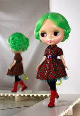 plaid three-piece (Super*Junk) Tags: dolls sewing amaryllis blythe plaid fashionshow vera runway radiant darlingdiva