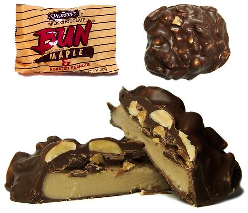 Pearson S Milk Chocolate Bun Maple Roasted Peanuts