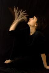 find me (bee.clay) Tags: portrait studio hands nikon sb600 creative setup imaginative sb800 motions strobeeffect creativeportraits
