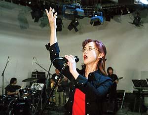 2002-中島美雪-紅白-排練-01.jpg