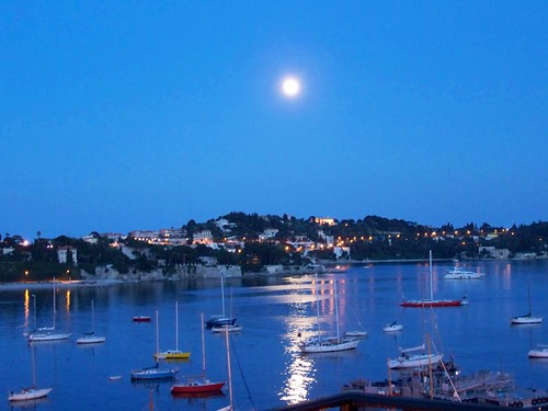 Full moon in Villefranche