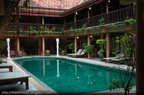 Ruean Thai - Swimming Pool
