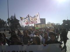 La marcha de las Esc de Salud avanza x Av. Independencia by manuel guerrero