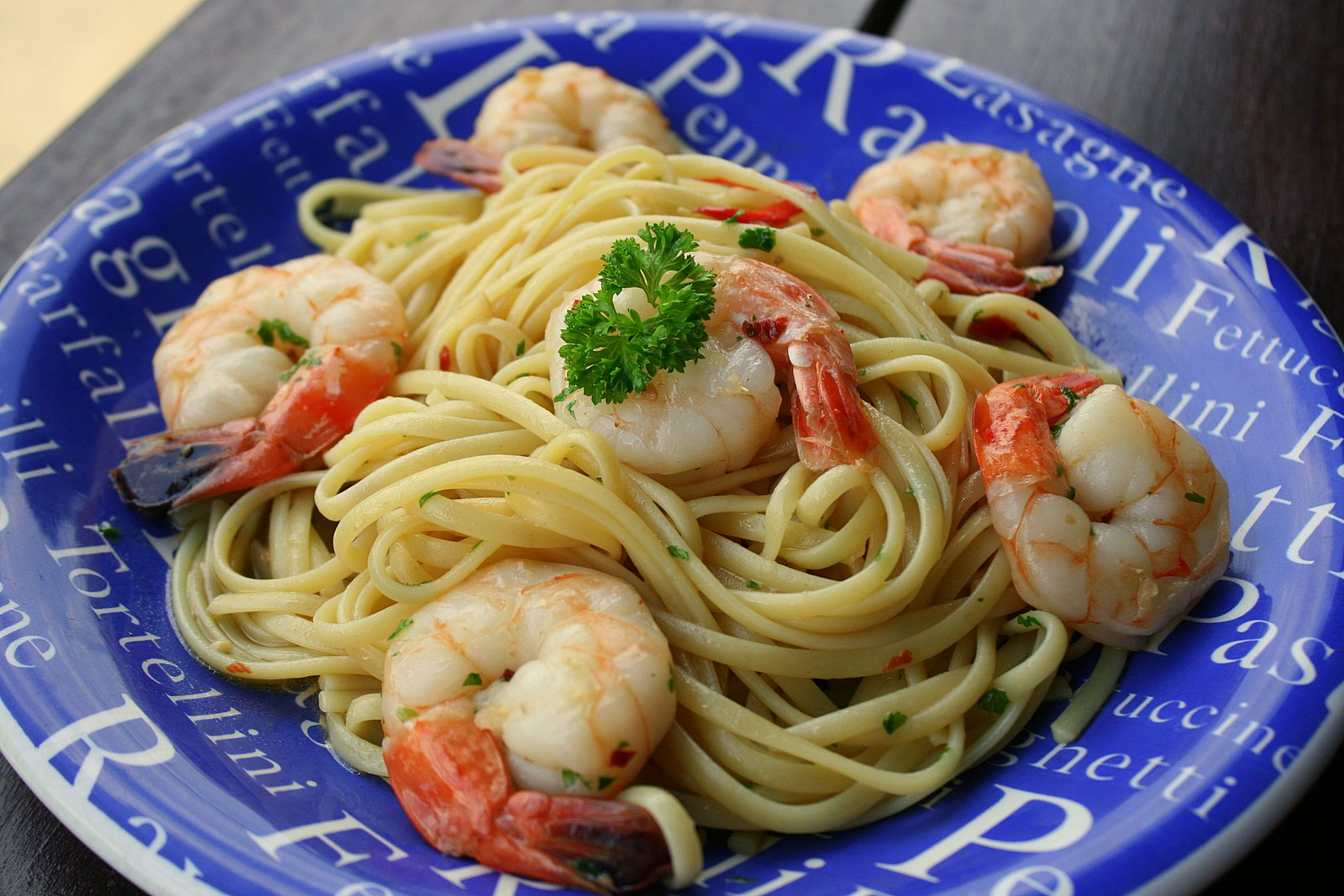 Prawn linguini aglio olio style with garlic and chili
