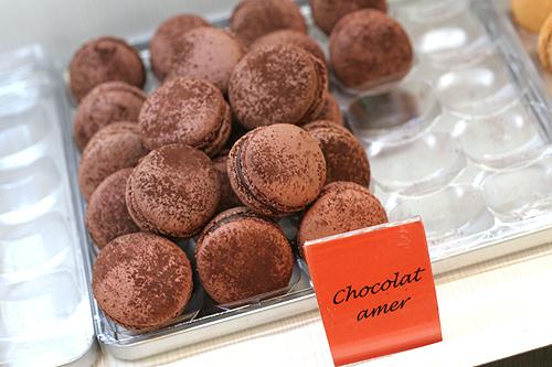 chocolat amer macarons