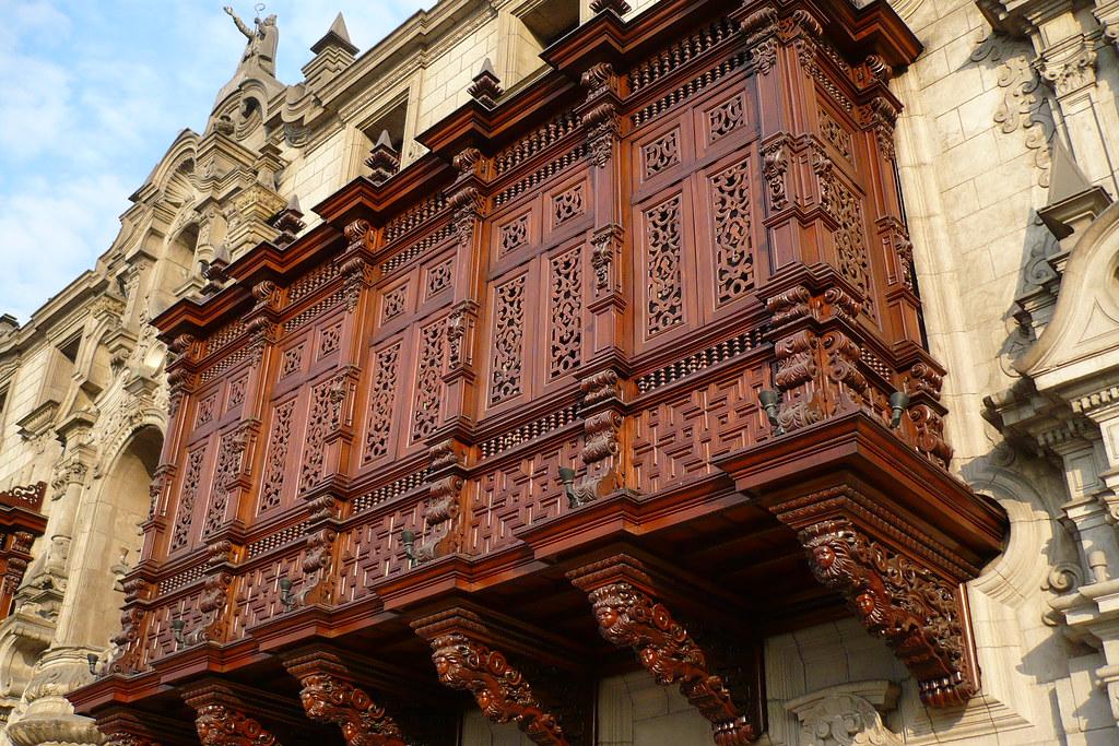 Balcón de la Catedral de Lima