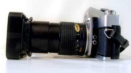Minolta SRT 101 135mm F3.5 + Cokin A Filter Holder & Hood