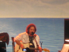 (Make Lemons) Tags: dc solo 2008 eddievedder warnertheater