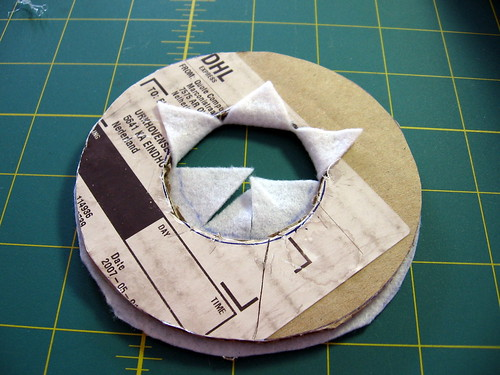 Button Wreath Tut 6