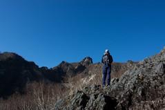 恵庭岳山頂を望む