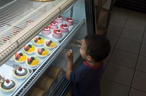 Benji wants dessert