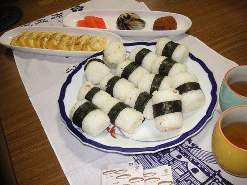 Onigiri Lunch with Japanese Rolled Omelet and three kinds of Japanese pickle