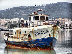 Drass  ( ex pesquero ) (ibzsierra) Tags: sanantonio boat mar barco ship kodak vessel ibiza eivissa hdr baleares pesquero portmany yourcountry
