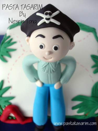 PIRATES BIRTHDAY CAKE - YIGIT