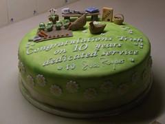 Retirement Cake (Anna'sCakes) Tags: flowers chicken cake daisies garden icing retirement muesli vegetablepatch sugarpaste annacrowther annascakes