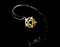 Pentacolo (Elanorya) Tags: life pagan pendente collana blueribbonwinner artisticexpression pentacolo paganesimo