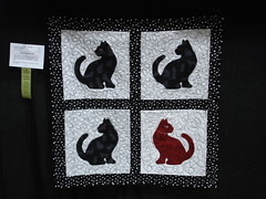 Black & White Challenge cat quilt