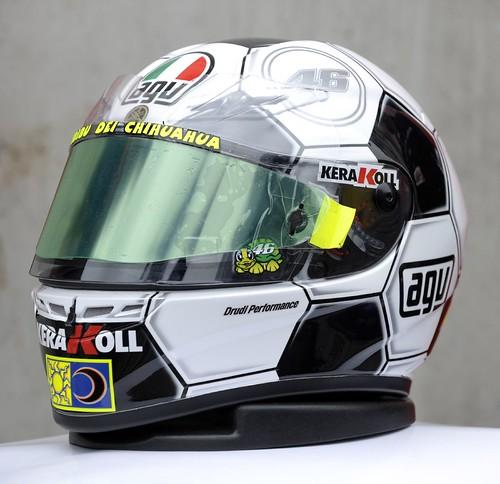 agv valentino rossi helmet. AGV Valentino Rossi special