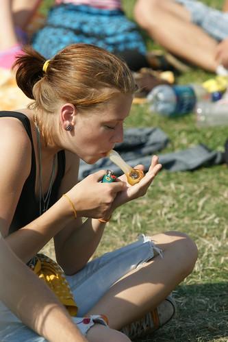 girl smokes weed