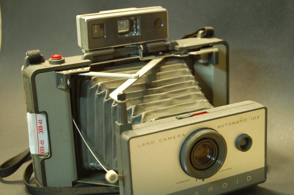 Polaroid 103