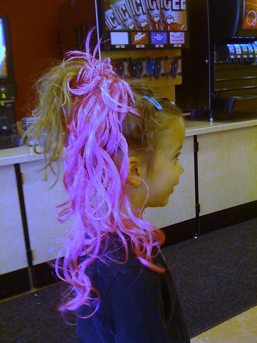 jocelyn with pink hair