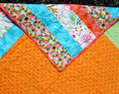 bright quilt detail, binding, backside