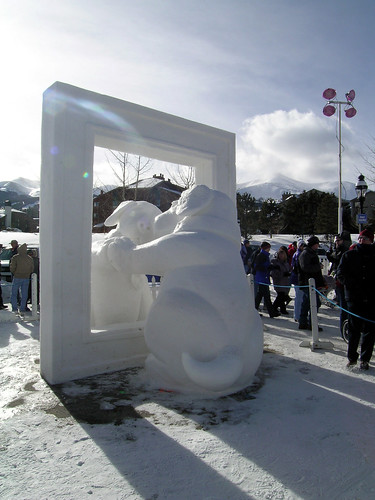 Ice sculpture in Breckenridge, Coloradobreckenridge colorado luthy icesculpture goldteambreckenridge event winter20082009