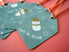 Let it Snow gift tags (by glamourfae)