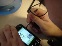 Ivan con su HTC y un navegador nada útil