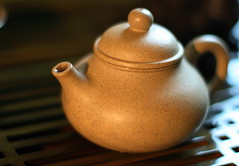 tiny teapot (Stacey~) Tags: tea chinese teapot yixing teatray gongfu